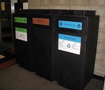 (compost bin)