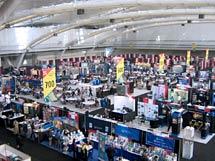 (Photo - APS 2009 exhibit hall)