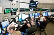 (Photo - LCLS commissioning team in the Main Control Center)