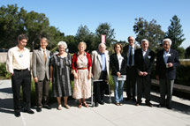 (Photo - symposium attendees)
