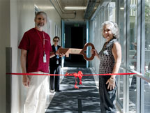 (Photo - Persis Drell and Phil Bucksbaum at the PULSE ribbon cutting ceremony)