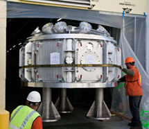(Photo - vacuum chamber move)